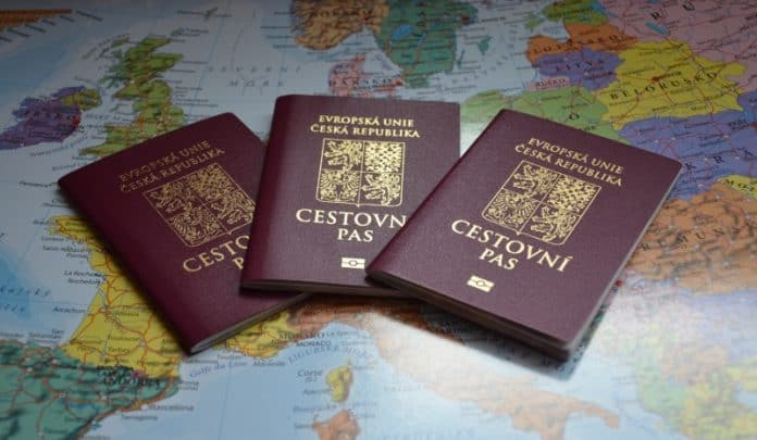 чеський паспорт