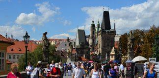 туристи в чехії