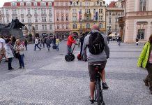 велосипедисти в празі