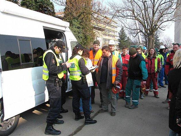 в чехії затримано 45 нелегалів з україни