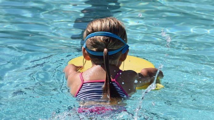 уроки плавання в чеських школах