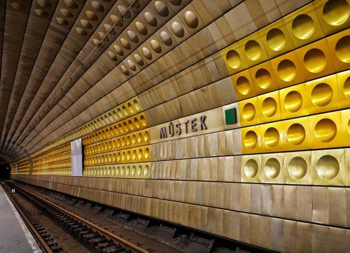 затоплення станції метро Мустек у Празі