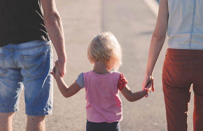 збільшення пенсій та допомоги на дитину в чехії